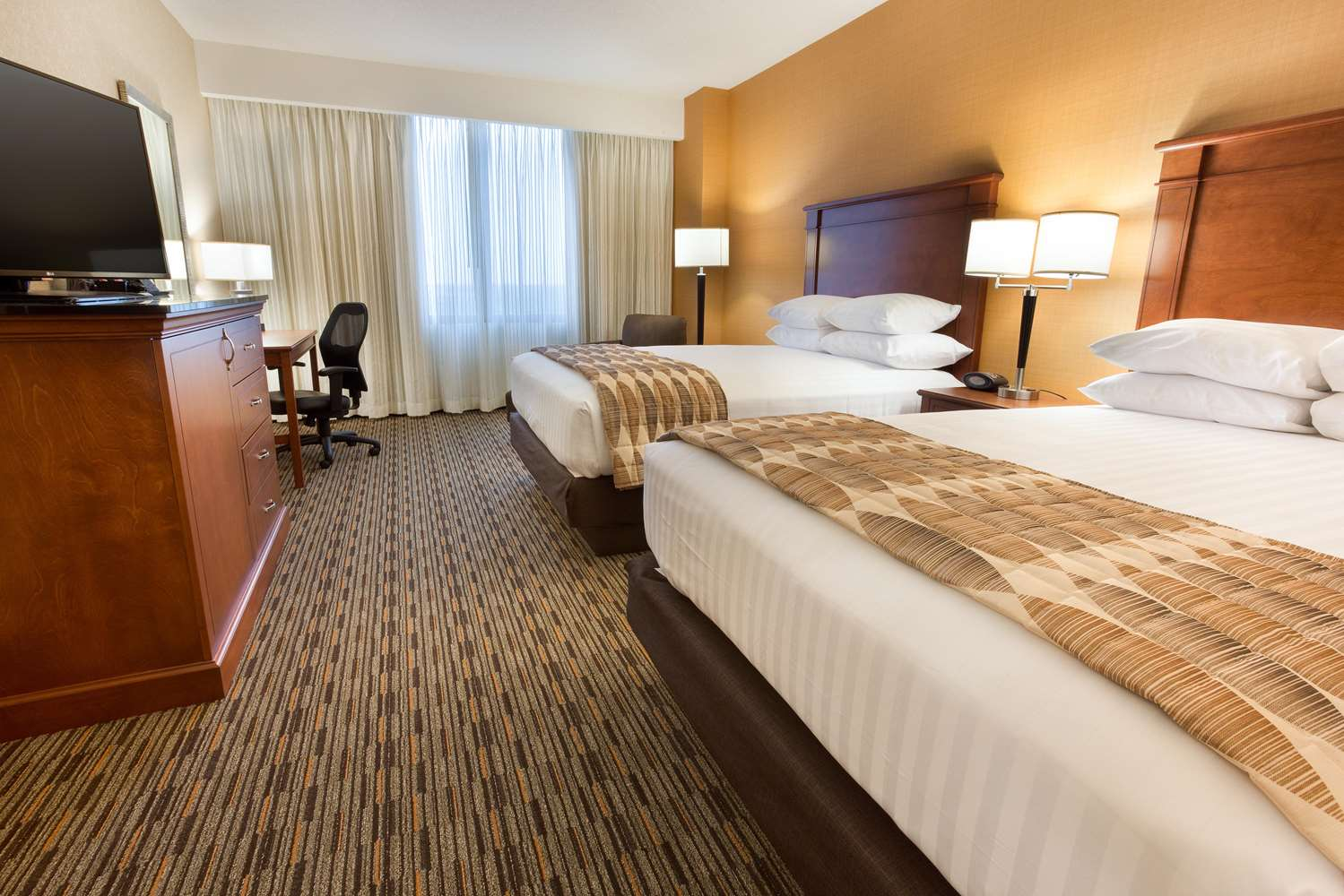 Room - Drury Plaza Hotel Indianapolis