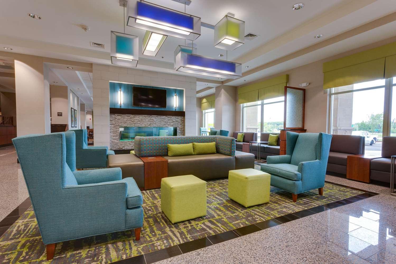 Lobby - Drury Plaza Hotel East Columbia