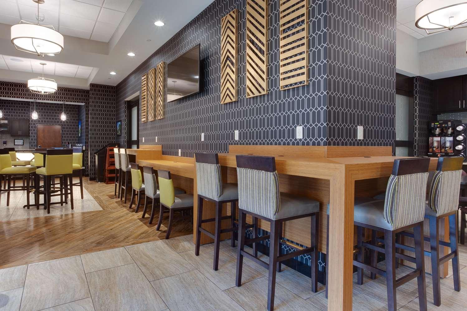 Restaurant - Drury Inn & Suites Huntsville