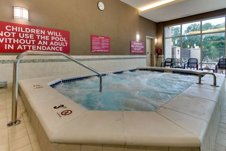 Pool - Drury Plaza Hotel Richmond