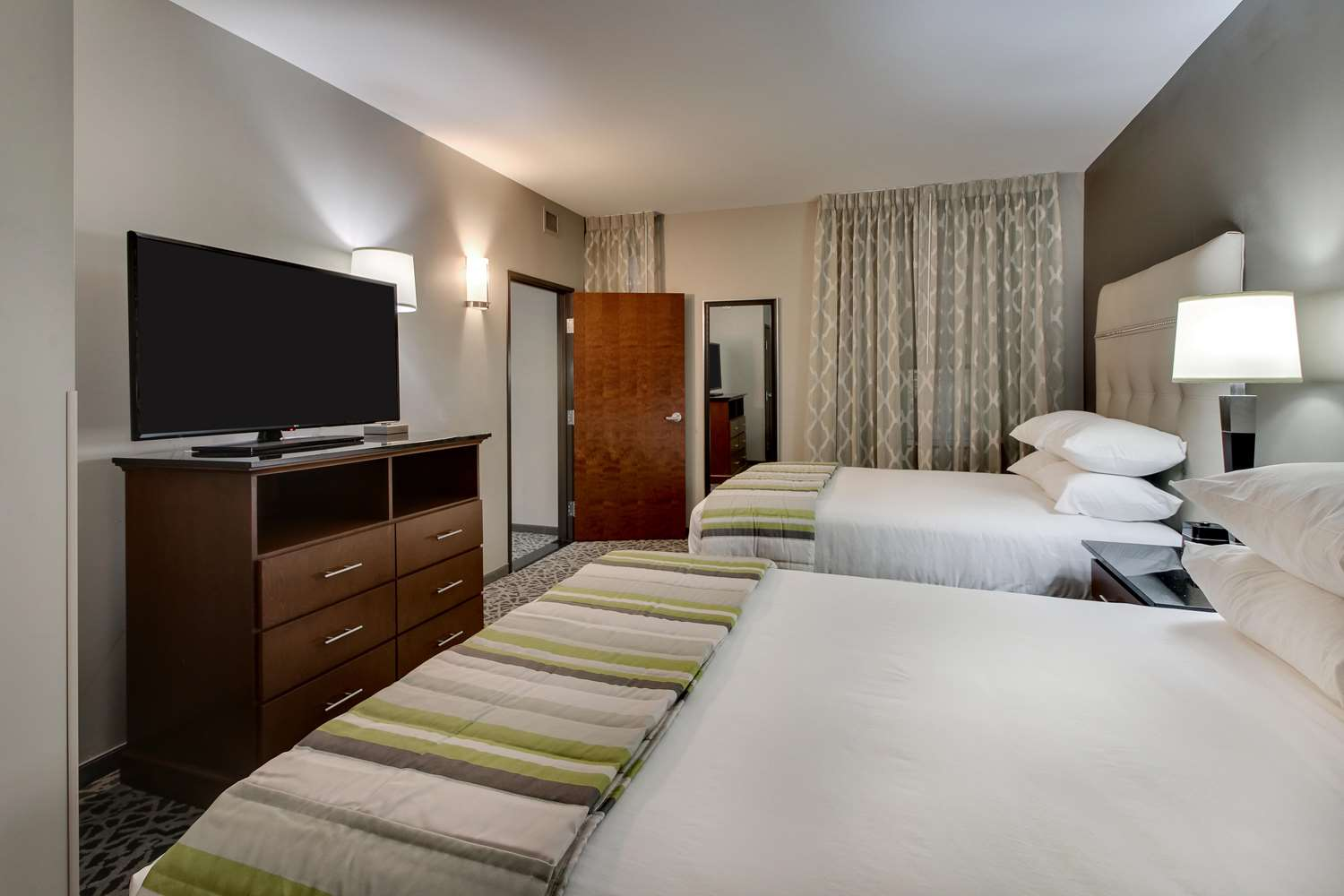 Suite - Drury Plaza Hotel Downtown Milwaukee
