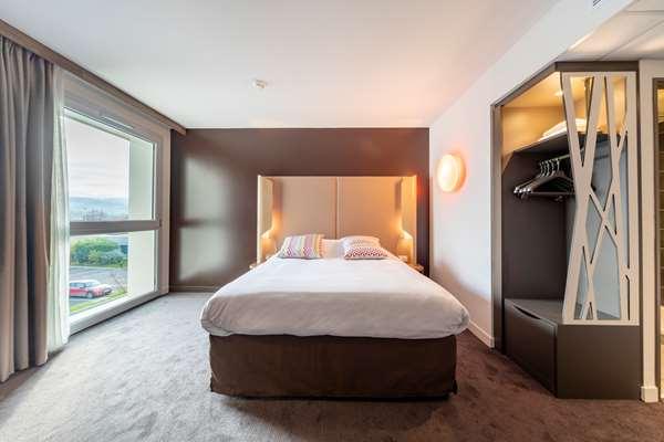 Hotel CAMPANILE FINDROL - Savoie Léman - Standard Room