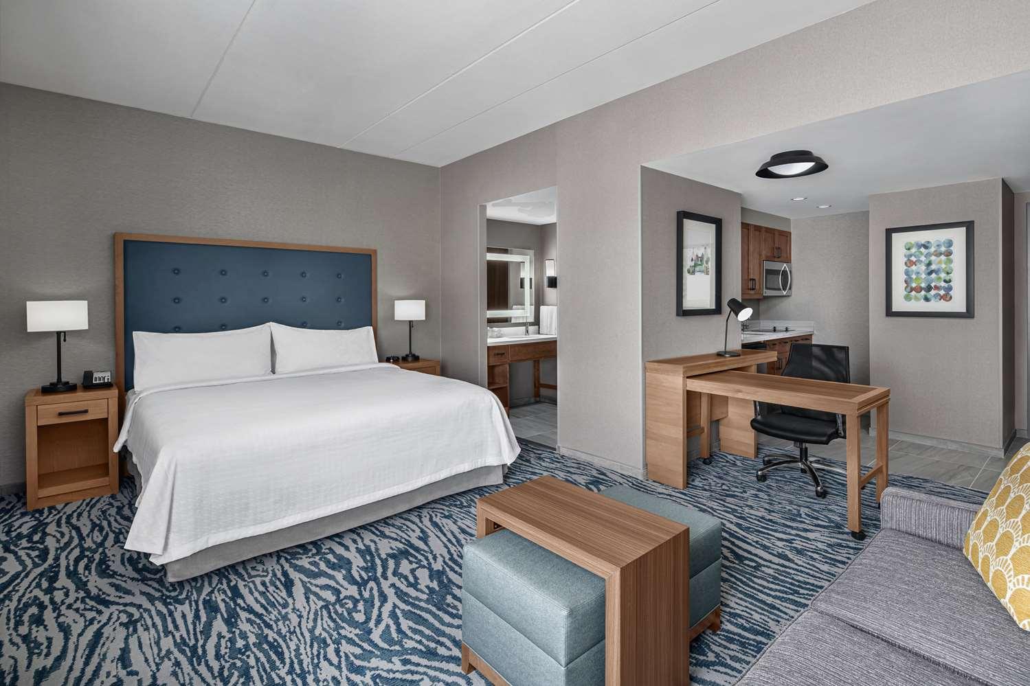 Room - Homewood Suites by Hilton Boston Woburn