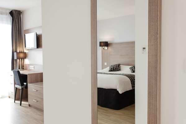 Hotel TULIP INN MASSY PALAISEAU RESIDENCE - Superior Studio