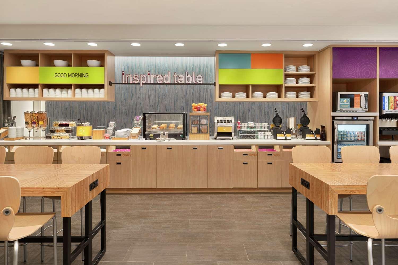 Restaurant - Home2 Suites by Hilton North Harrisburg