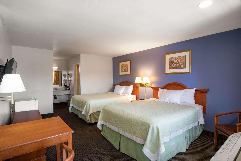 Room - Signature Hotel Maingate Anaheim