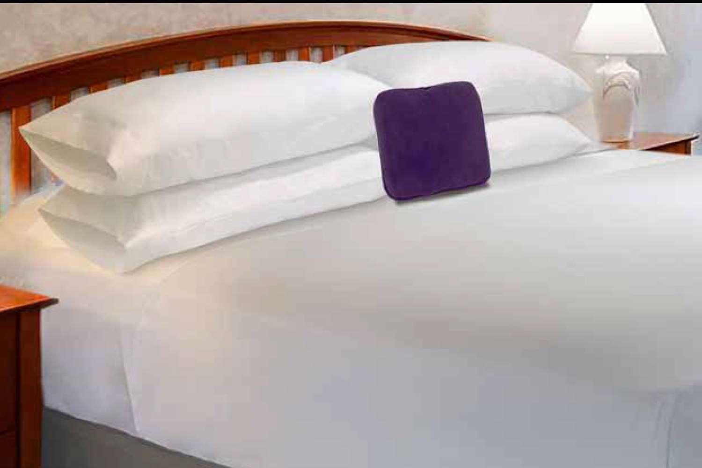 Room - Knights Inn & Suites Dublin