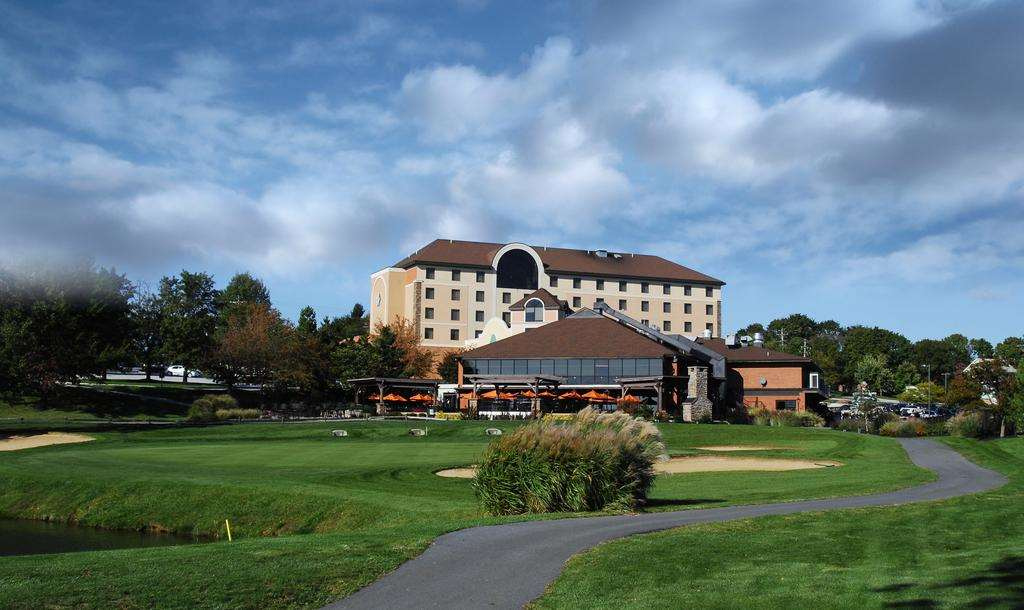 THE HOTEL AT HERITAGE HILLS RESORT