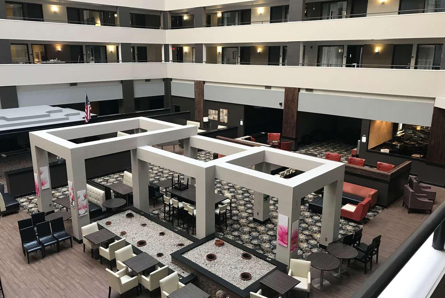 Bar - Ramada Hotel Southfield