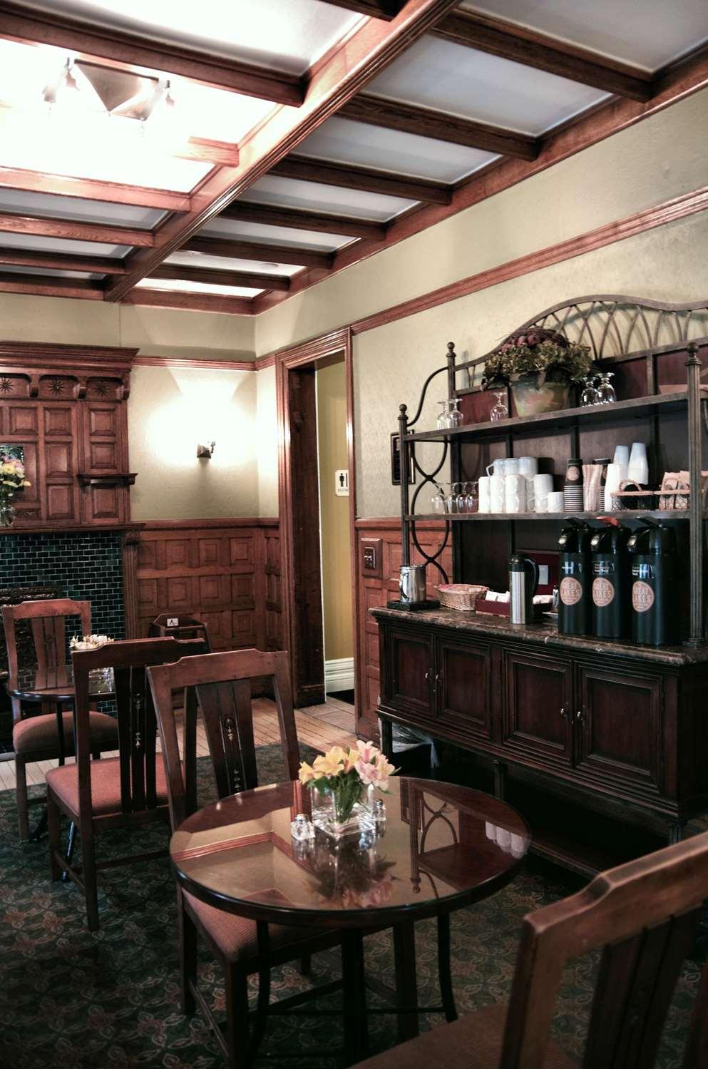 Restaurant - Inn on Ferry Street Detroit