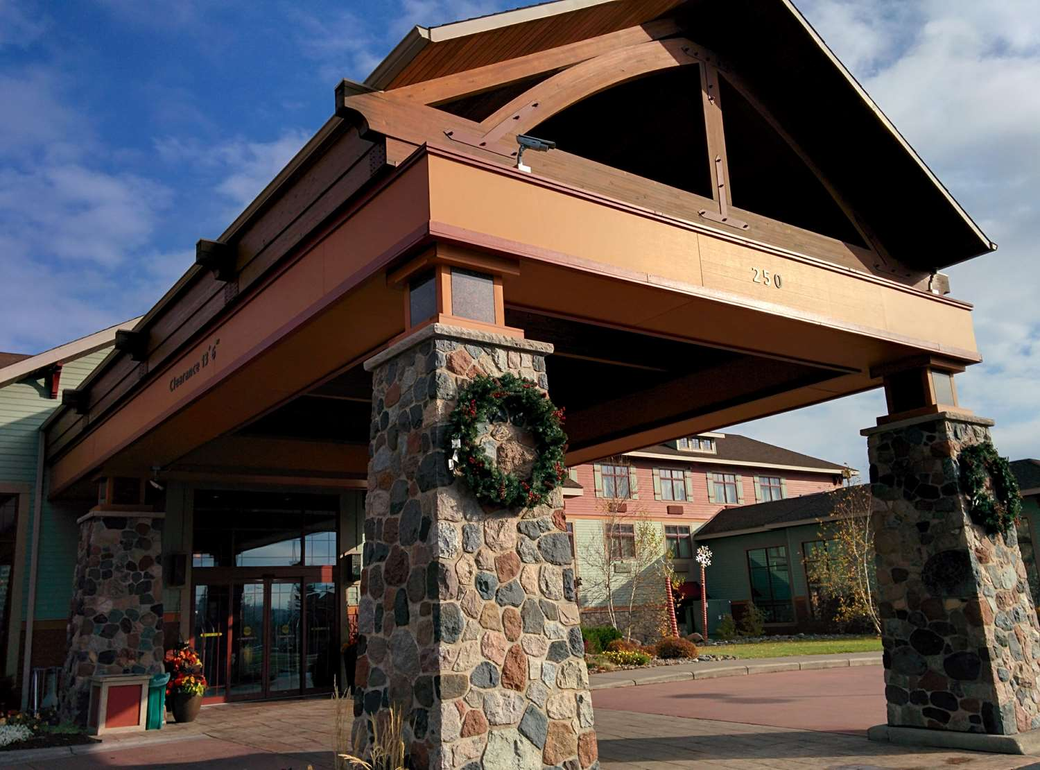 Exterior view - Canal Park Lodge Duluth