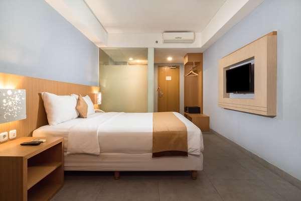 Hotel Kyriad Royal Seminyak Bali - Deluxe Room 2 Single Beds