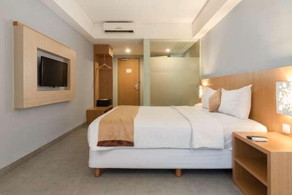Hotel Kyriad Royal Seminyak Bali - Executive Room 1 King Bed