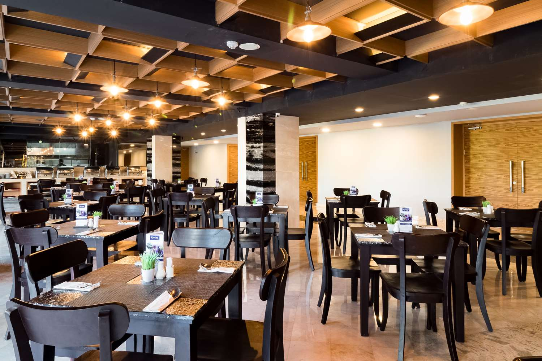 Restaurant - Hotel Kyriad Royal Seminyak Bali