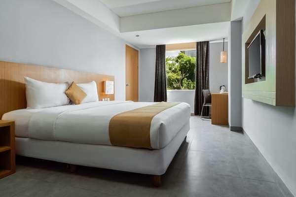 Hotel Kyriad Royal Seminyak Bali - Superior 1 King Bed
