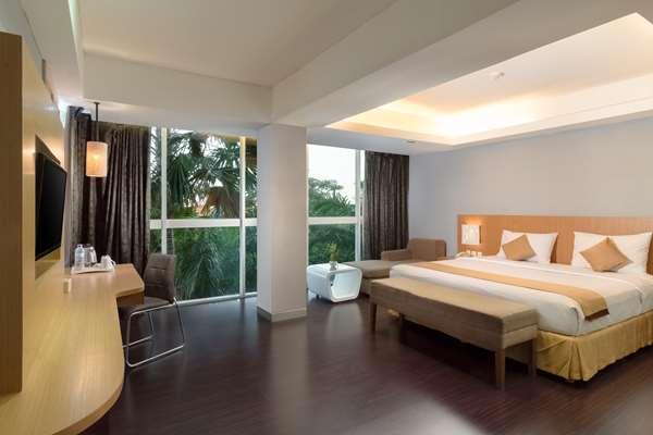 Hotel Kyriad Royal Seminyak Bali - Suite 1 King Bed
