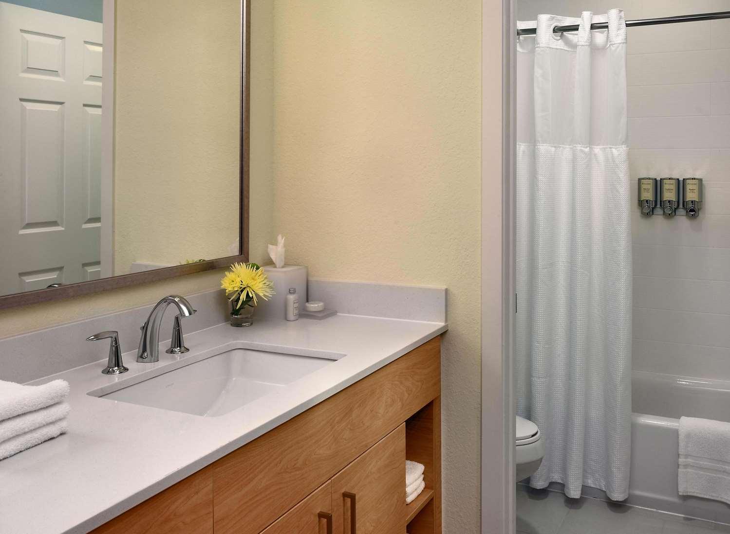 Room - Sonesta ES Suites Malvern