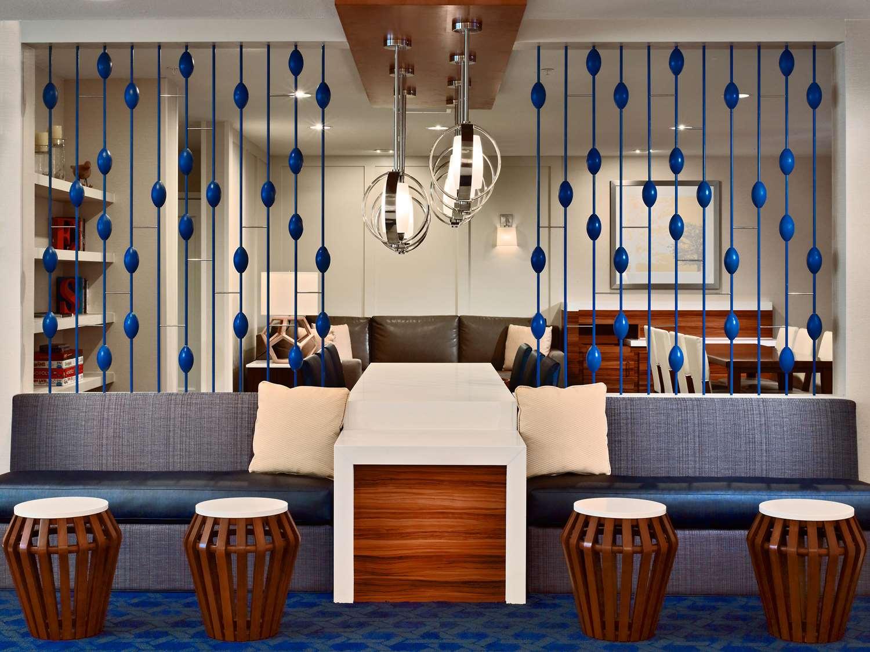 Lobby - Sonesta ES Suites Malvern