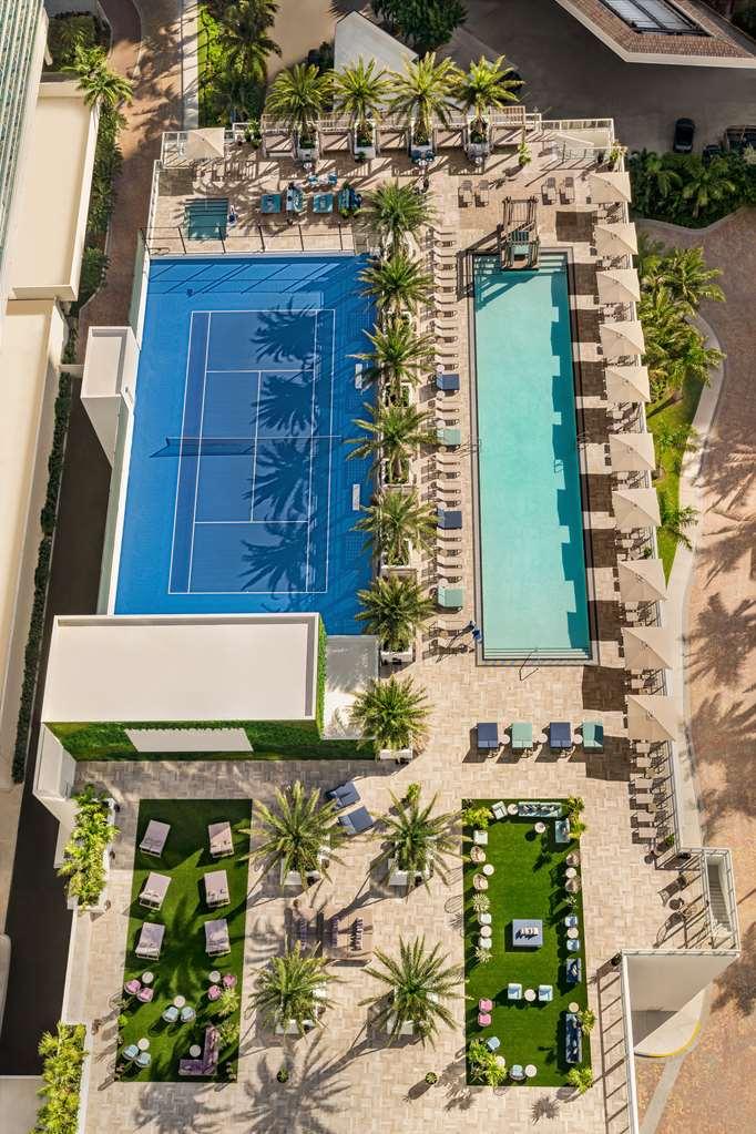 Hyde Beach House th Floor Pool