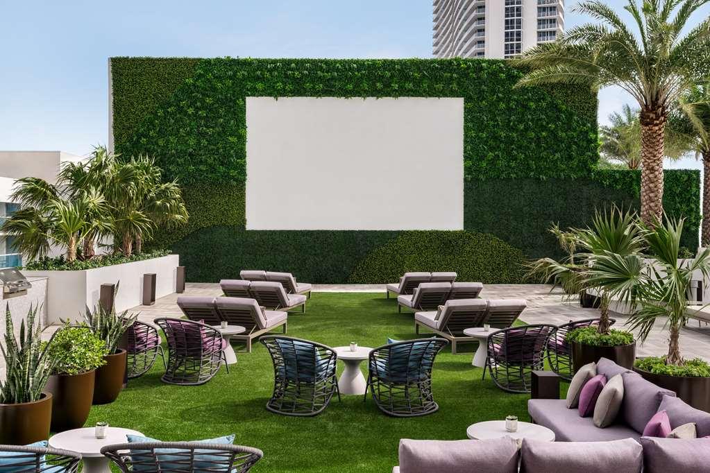 Hyde Beach House th Floor Outdoor Movie Theater