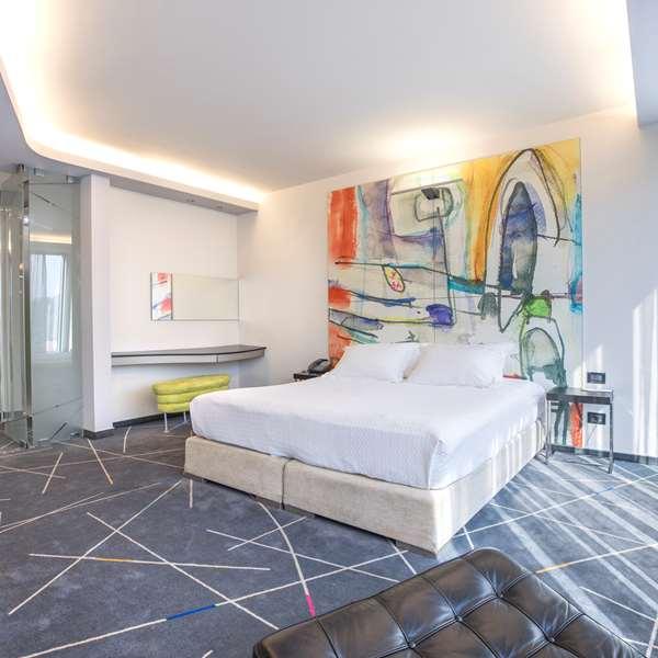 Hotel Golden Tulip Zira Belgrade - Junior Suite 1 King Bed