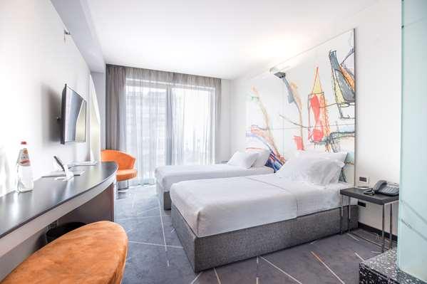 Hotel Golden Tulip Zira Belgrade - Standard Room 1 Twin Beds