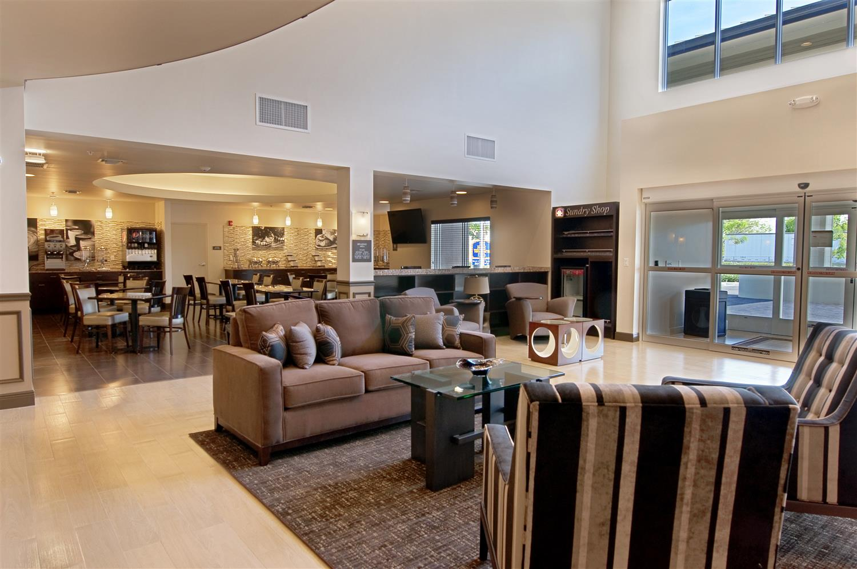 Lobby - Best Western Plus Miami Airport North Inn Miami Springs