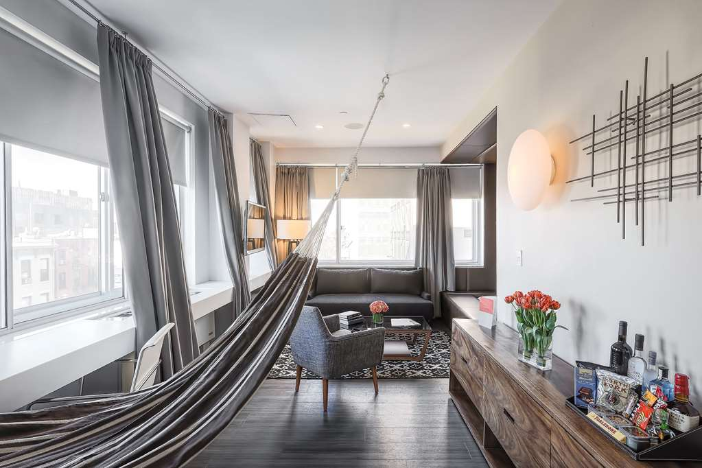 NU Hotel King Bed Suite with Hammock Urban