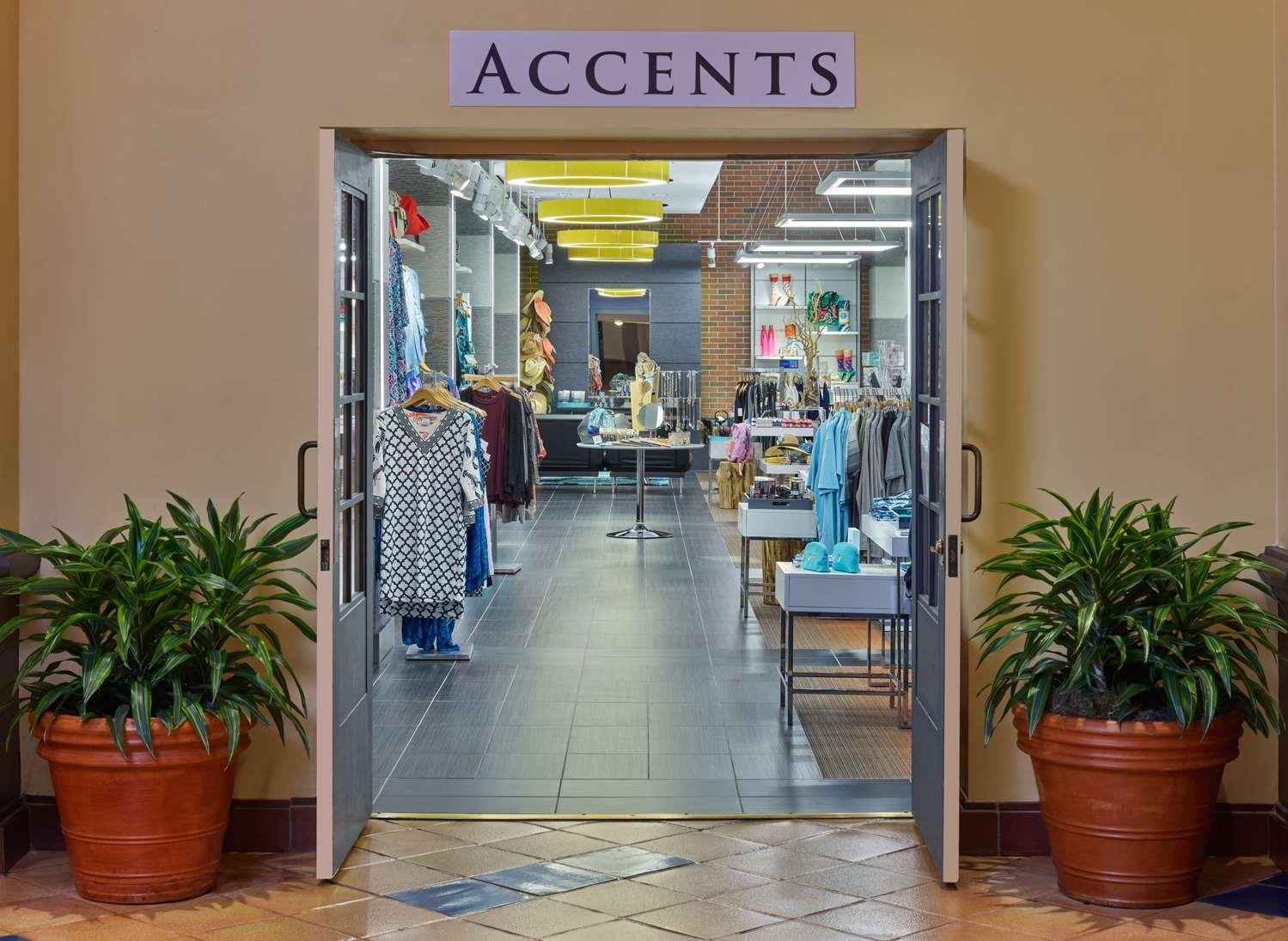 Shops Accents