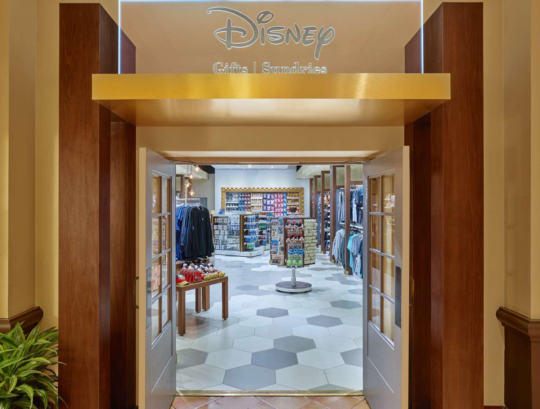 Shops Disney Store