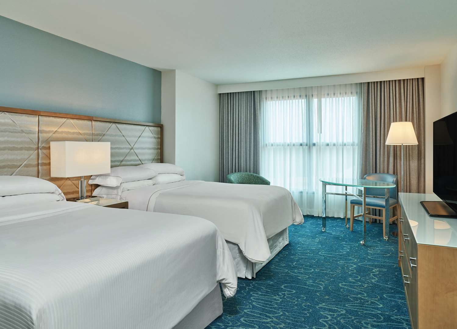 Dolphin Guestroom Traditional Double Double