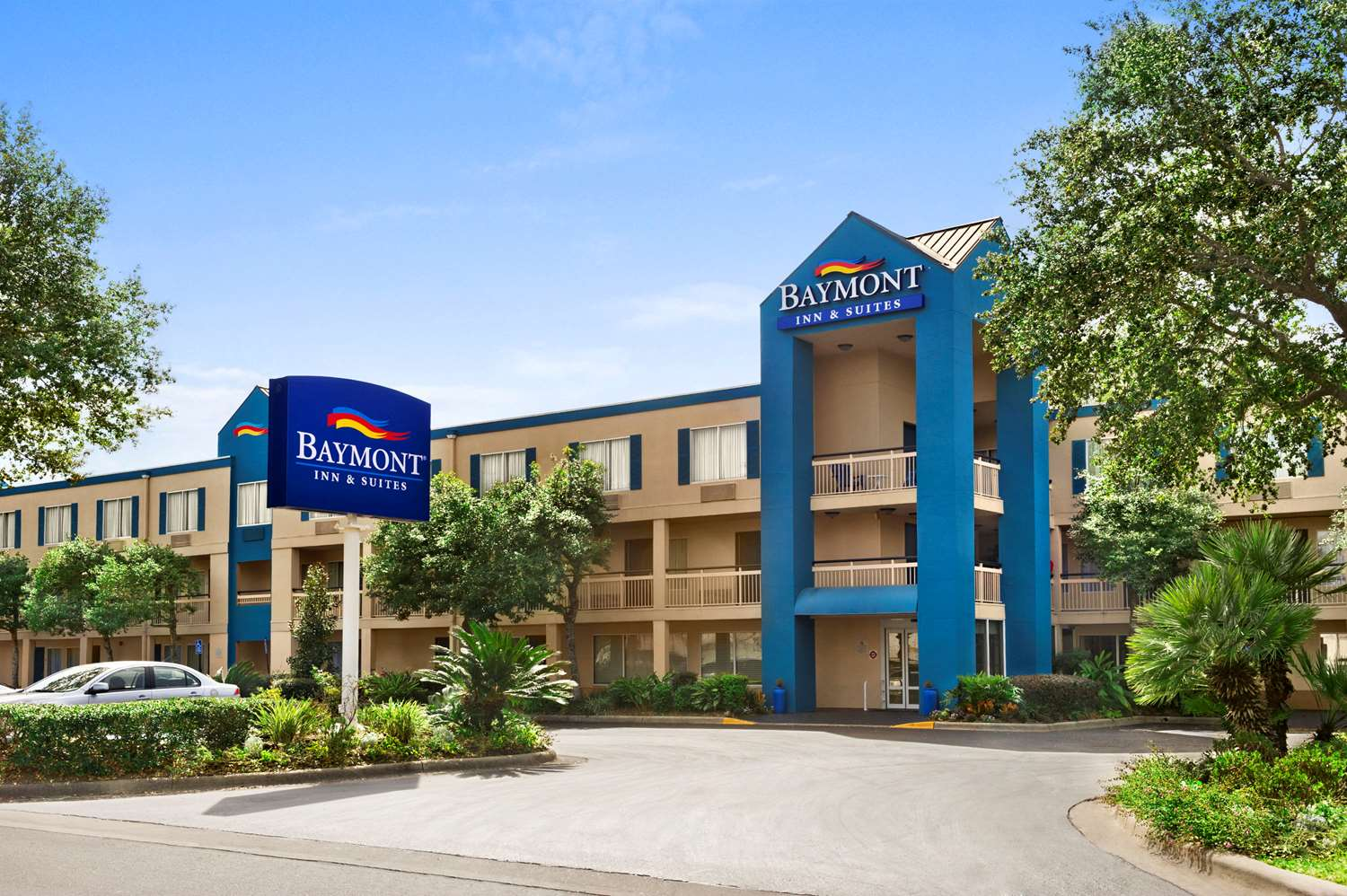 Exterior view - Baymont Inn & Suites Gainesville