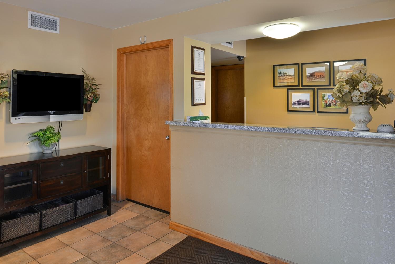 Lobby - Americas Best Value Inn & Suites Bryant