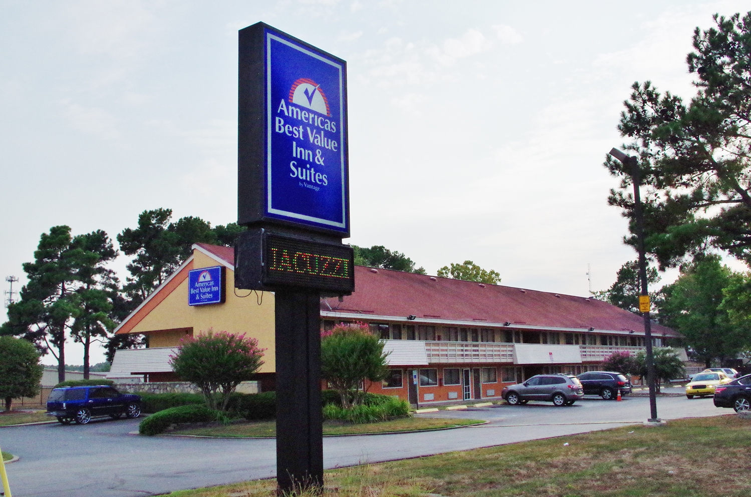 Exterior view - Americas Best Value Inn & Suites Little Rock