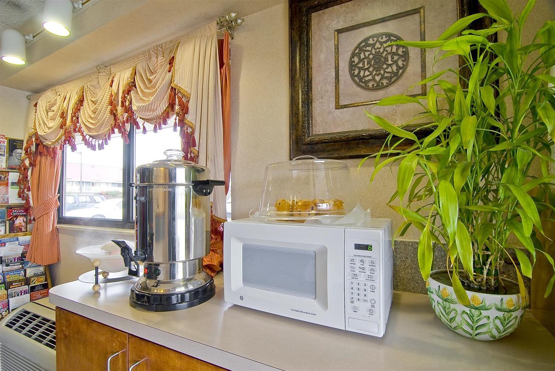 proam - Americas Best Value Inn & Suites Little Rock