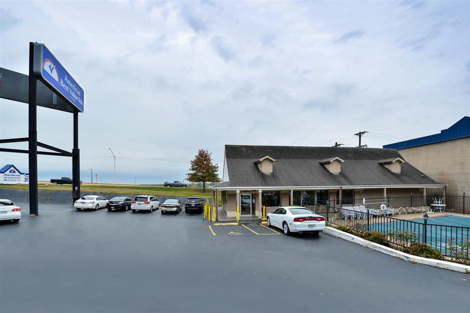 Exterior view - Americas Best Value Inn North Little Rock