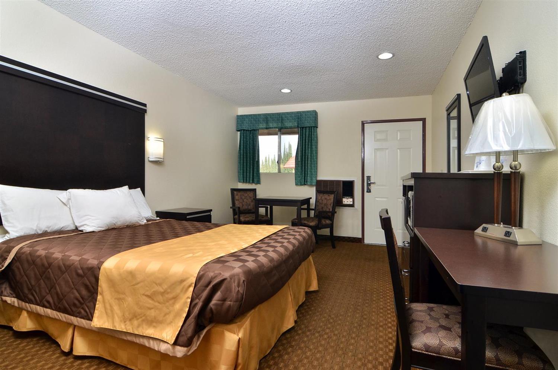 Room - Americas Best Value Inn Calimesa