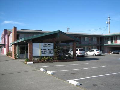 Exterior view - Americas Best Value Inn & Suites Eureka