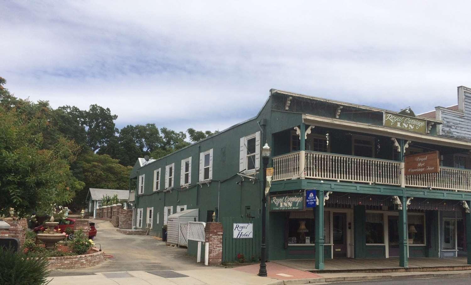 Exterior view - Americas Best Value Inn & Suites Jamestown