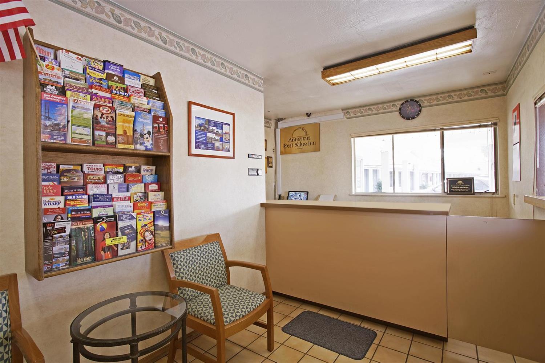 Lobby - Americas Best Value Inn Livermore