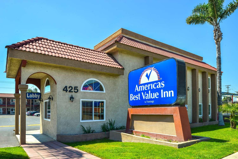 Exterior view - Americas Best Value Inn Rialto