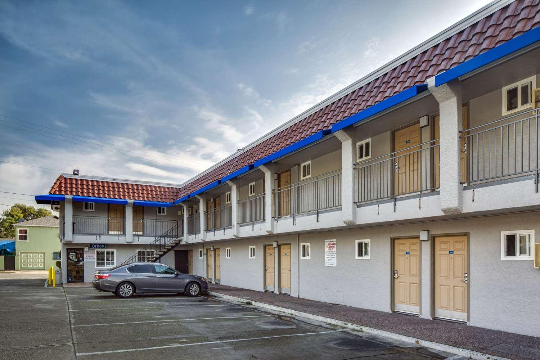 proam - Americas Best Value Inn Richmond