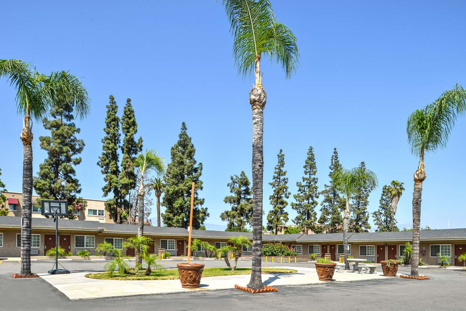 Exterior view - Americas Best Value Inn San Bernardino