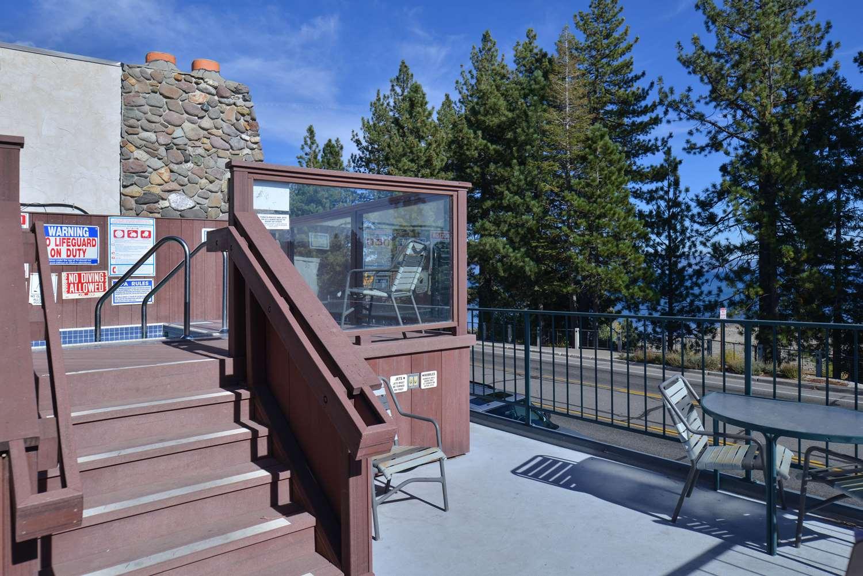 Pool - Americas Best Value Inn Tahoe City