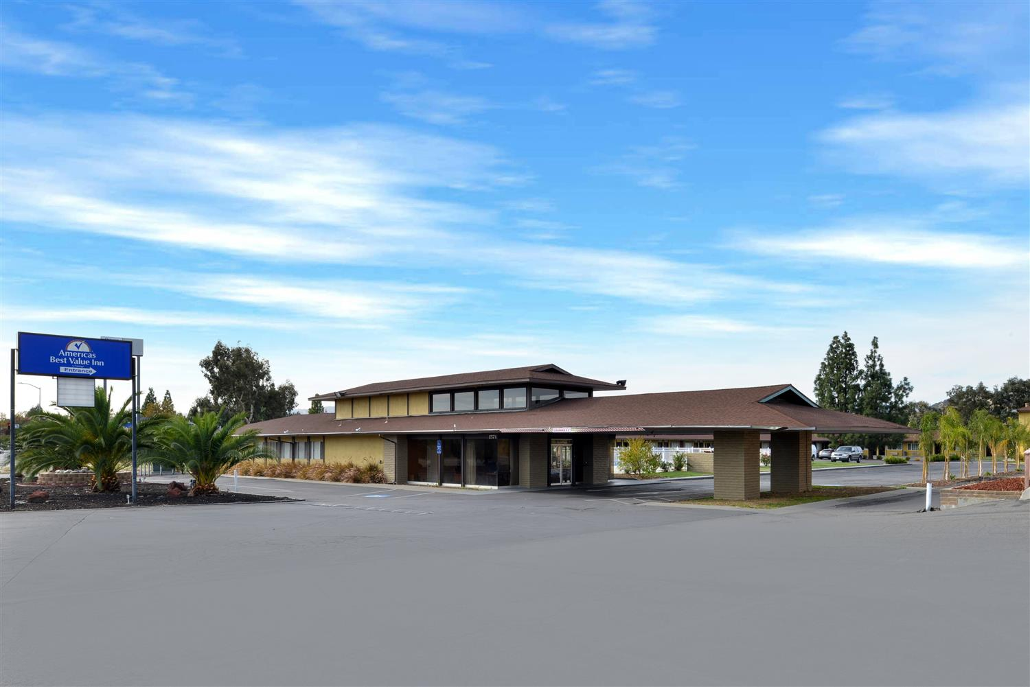 Exterior view - Americas Best Value Inn & Suites Vacaville