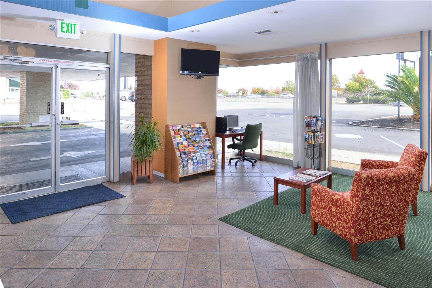 Lobby - Americas Best Value Inn & Suites Vacaville