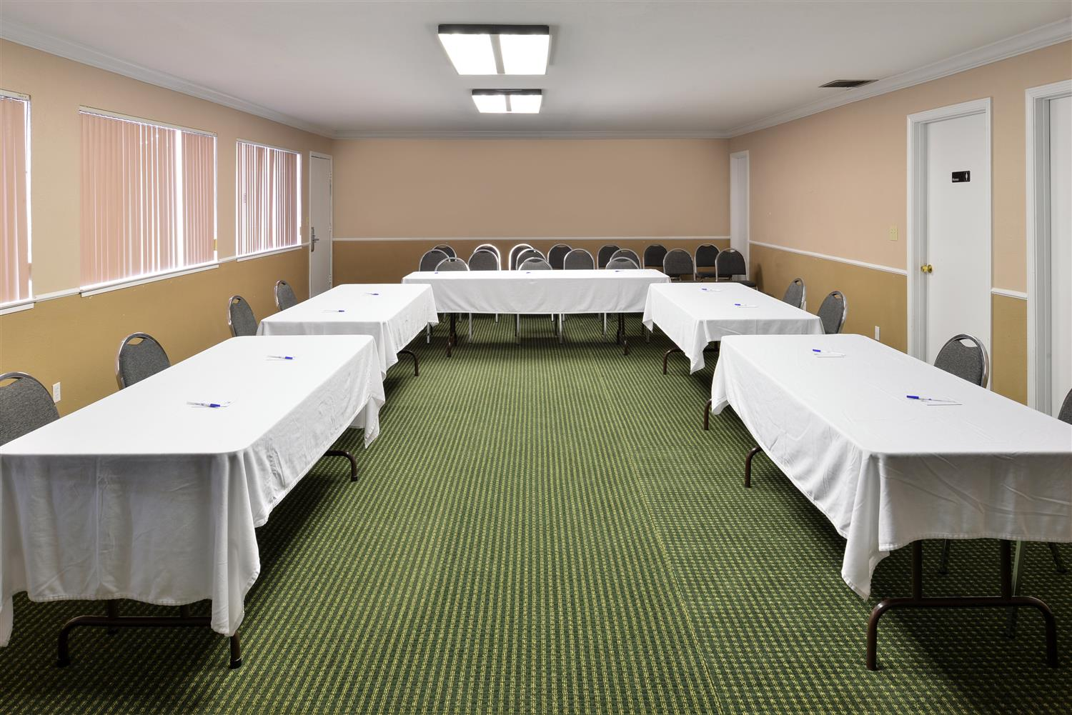 Meeting Facilities - Americas Best Value Inn & Suites Vacaville