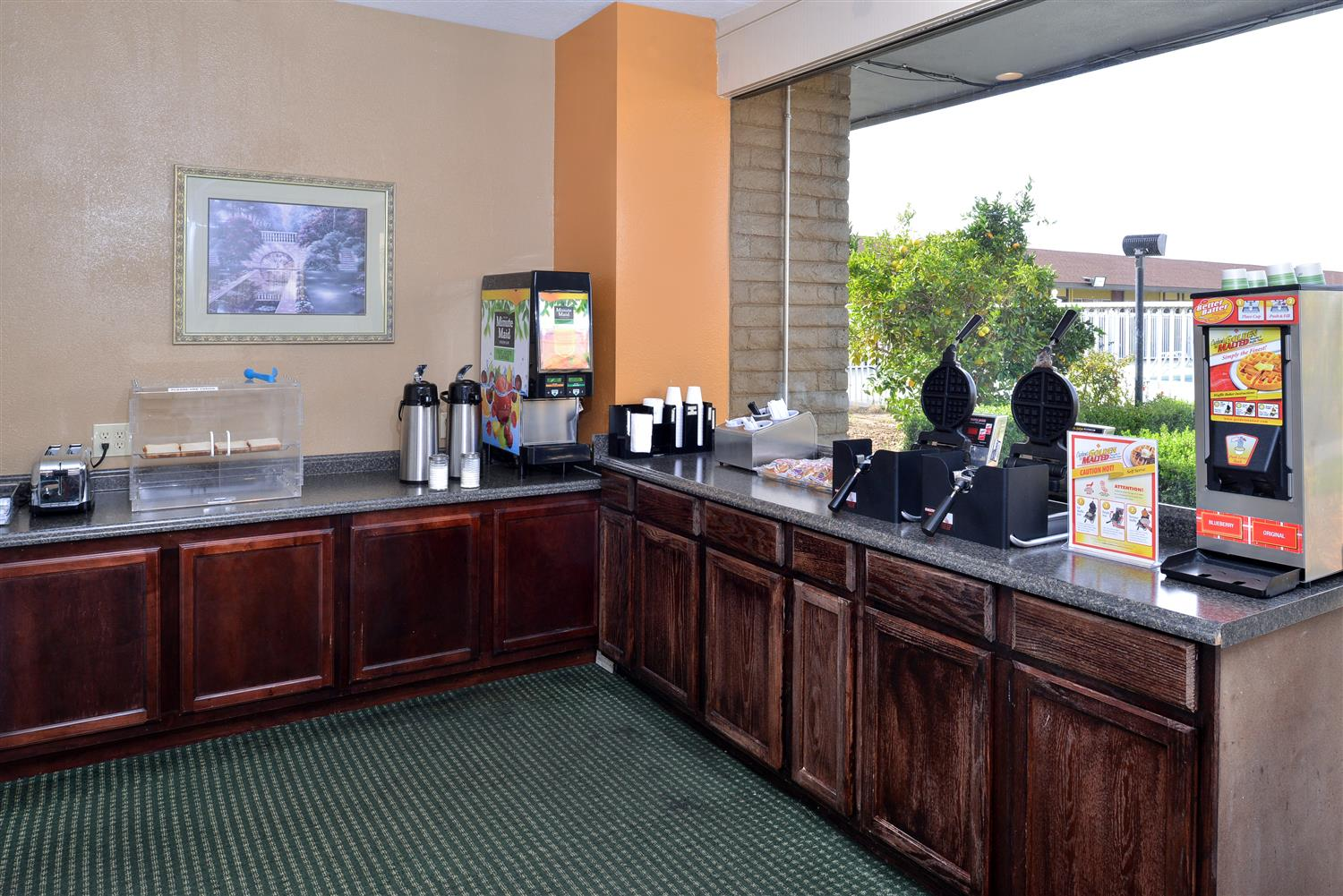Restaurant - Americas Best Value Inn & Suites Vacaville