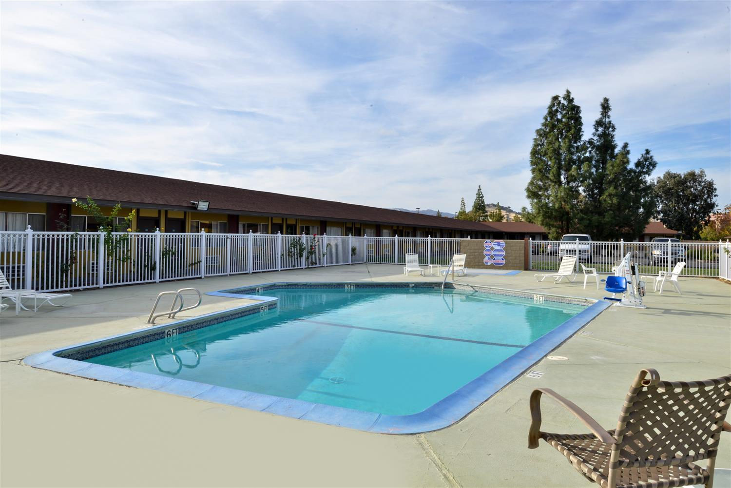 Pool - Americas Best Value Inn & Suites Vacaville