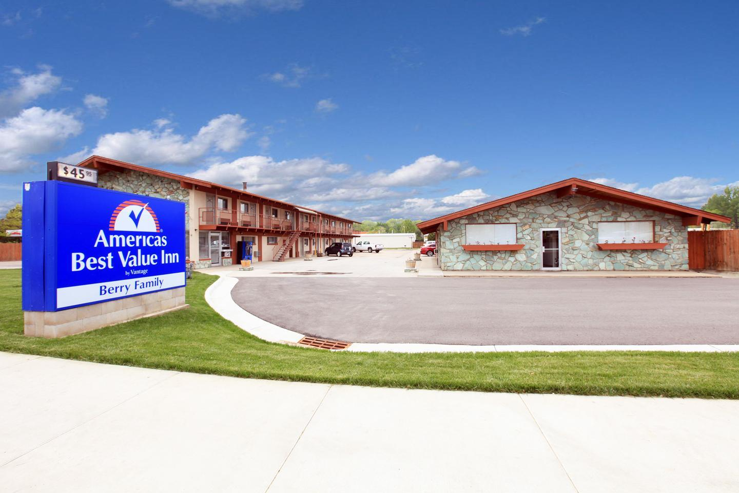 Exterior view - Americas Best Value Inn Fort Collins